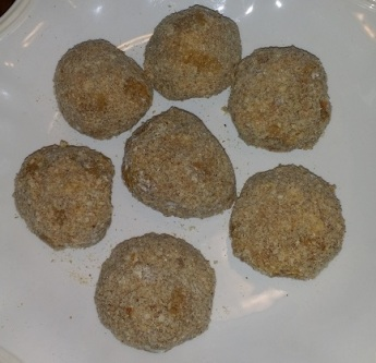 scotch eggs ready to cook